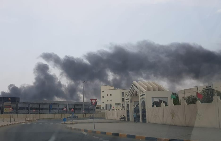 UAE- Video: Fire erupts in Sharjah warehouse, no casualties reported