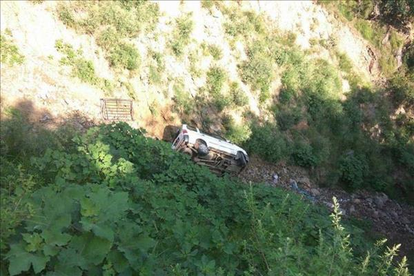 5 Killed, 3 Injured As Vehicle Falls Into Gorge In Rajouri