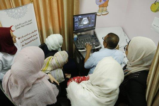Qatar- QRCS provides vital medical equipment for Gaza health