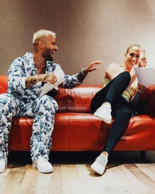 Jennifer Lopez teases new music with Maluma | MENAFN.COM
