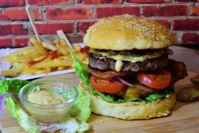 Low stress level linked to less fast food consumption - MENAFN.COM