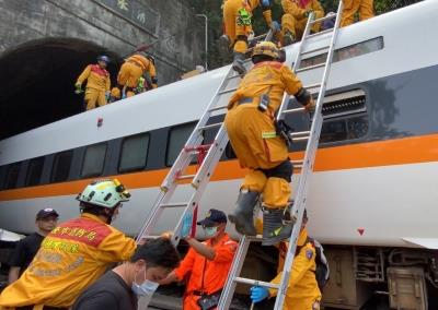 Taiwan: 48 killed, dozens more injured as train derails in tunnel
